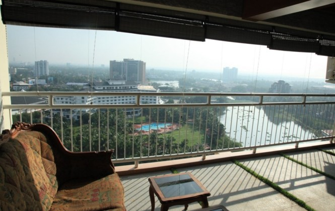 Waterfront Luxury 4bhk Apartment For Kundanoor Kochi Opposite Le Merin Maradu Opp Ian