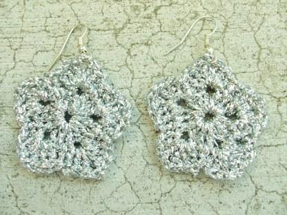 metallic silver flower earring