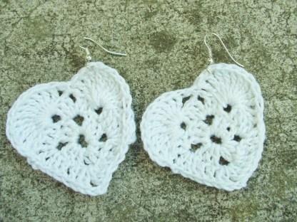 White crochet heart earring