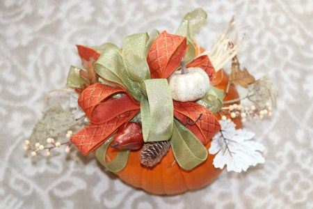 DIY: Pumpkin Centerpiece