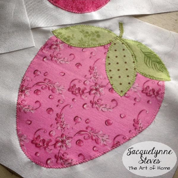 Strawberry Applique Quilt- Jacquelynne Steves