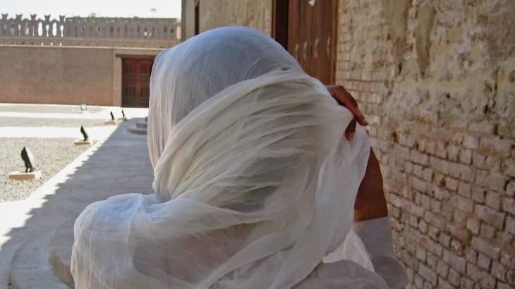 Elle le porte, le foulard, le hijab