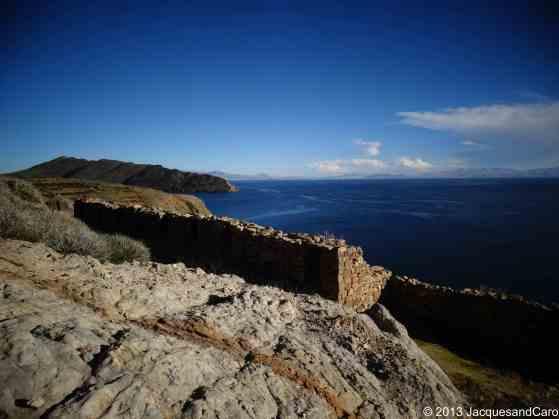 The ruins of Chinkana overlooking the lake