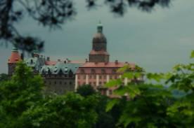 W 1509 roku zamek Książ wraz z przyległymi dobrami trafił w ręce rodziny Hobergów pochodzącej z Miśni a osiadłej w okolicach Jeleniej Góry