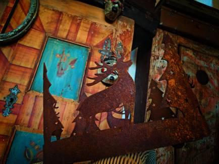 Żelazny las rdzą historii pokryty