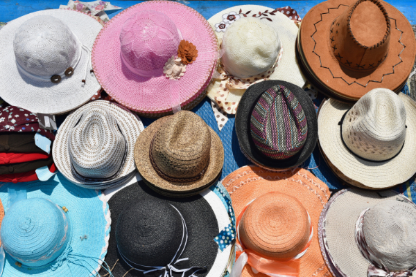 Souvenir hat, beach hats, sun hats, children's hats, fashion hats, stylish hats, coloured hats, straw hats
