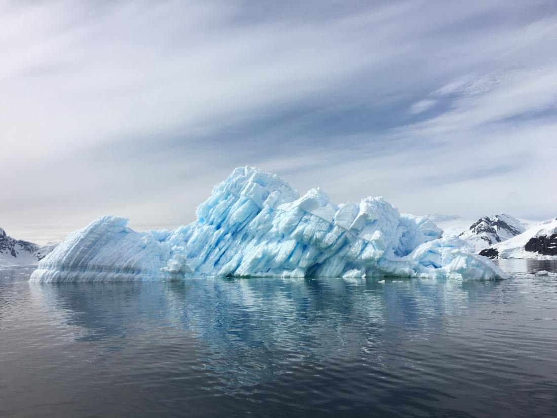 Book cheap flights to Antarctica