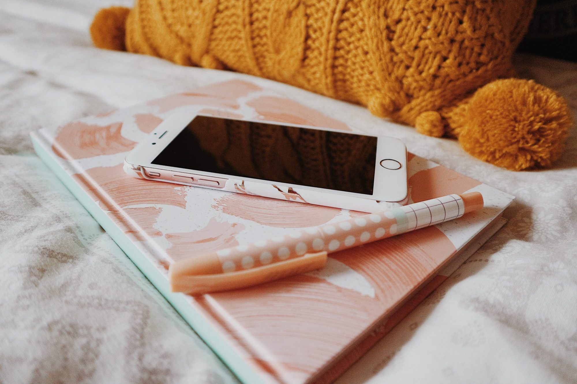 Bullet Journalling | iPhone 6s | Stationery