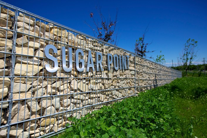 sugar point metal letters