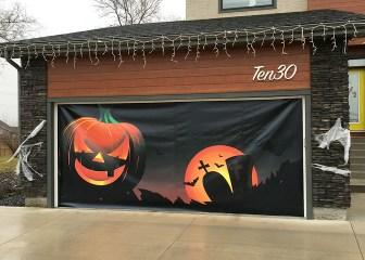 Garage Door Banner