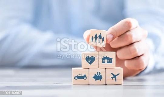 ilustrasi rincian usaha travel