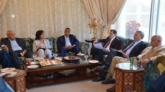 العثماني يقدم عرضا جديدا للنقابات بخصوص الزيادة في الأجور