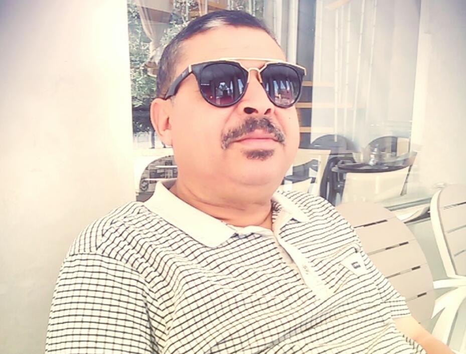 كائنات محمد شكري المغردة خارج السرب
