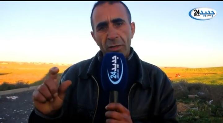 """بالفيديو…رئيس جماعة من """"البام"""" يعتدي على فاعل جمعوي ضواحي سطات"""