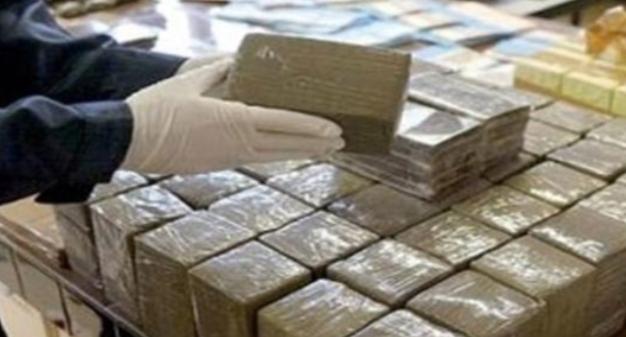 ضبط 36 كيلوغراما من مخدر الشيرا مخبأة في تجاويف سيارة سائق مقيم بالخارج بباب سبتة