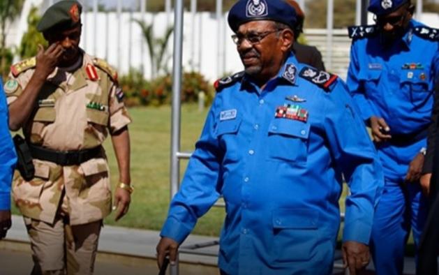 إعلان حالة الطوارئ في السودان والبشير رئيسا انتقاليا