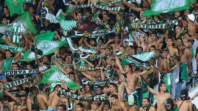 سلطات الحسيمة تمنع الجمهور من حضور مباراة شباب الريف و الرجاء البيضاوي
