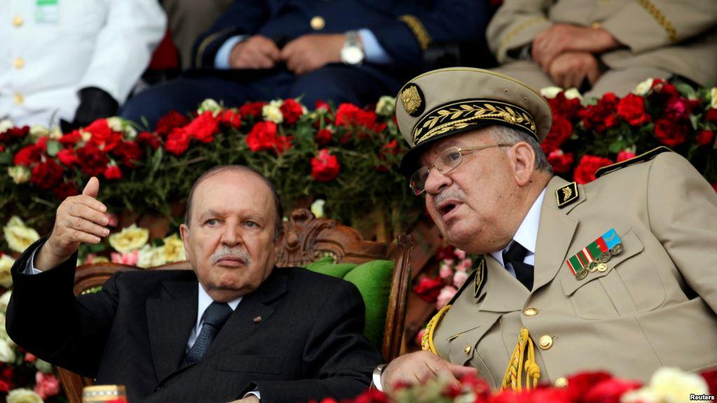 رؤساء بلديات بالجزائر يرفضون المشاركة في تنظيم الانتخابات الرئاسية وخطاب مرتقب لقائد الجيش