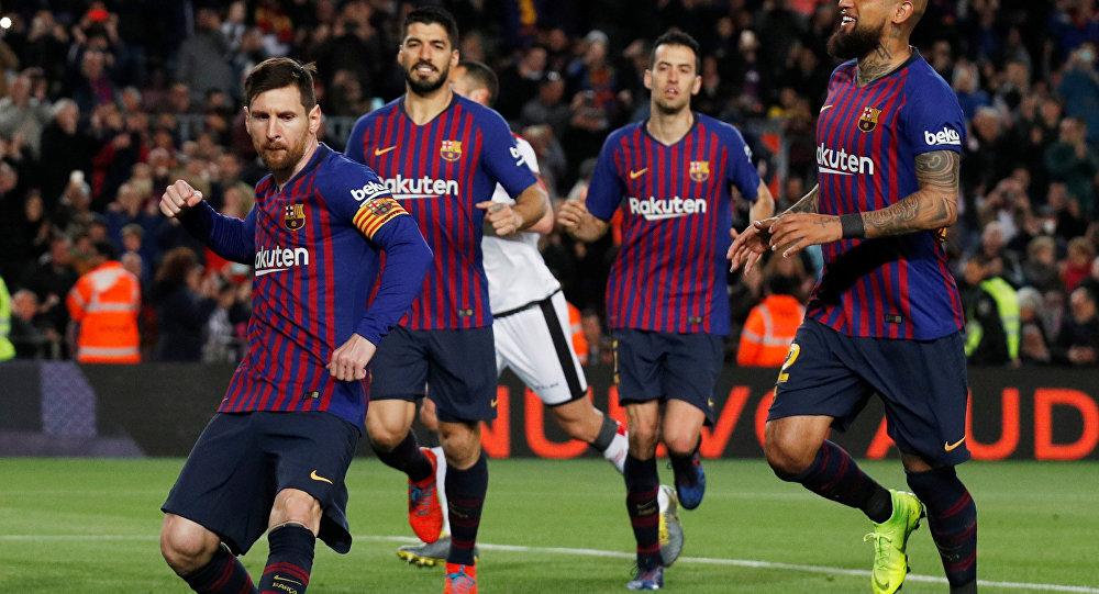 """نادي برشلونة يضمن التتويج بلقب """"الليغا"""" الإسبانية"""