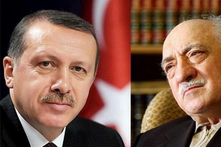 اعتقالات في صفوف عشرات الأمنيين بتركيا