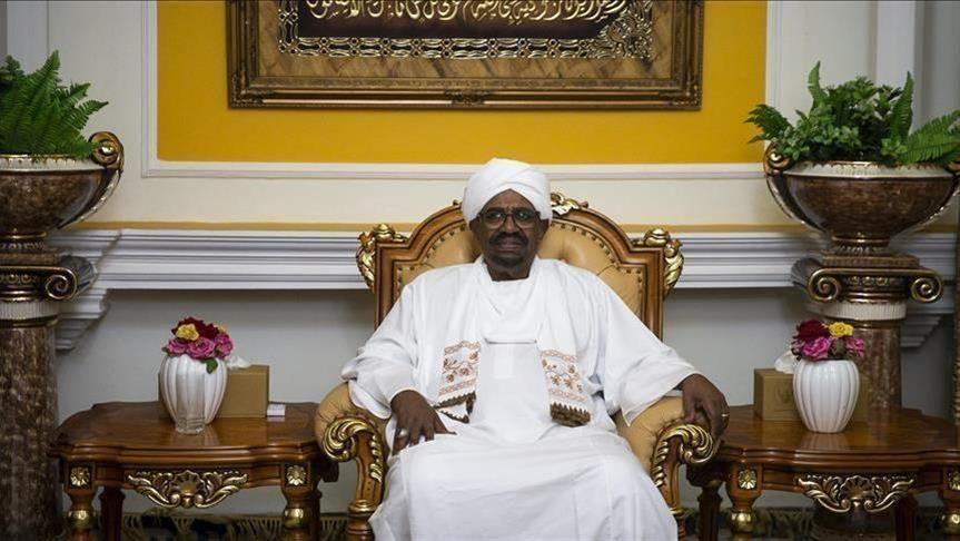 المحكمة الجنائية الدولية تطالب بتسليم البشير الرئيس المخلوع لسودان