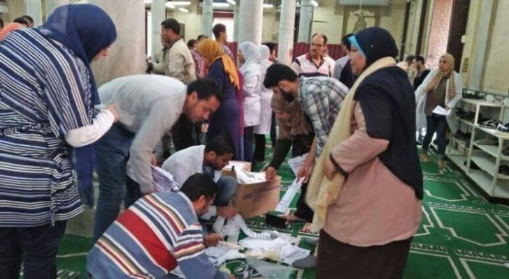 في خطوة إنسانية..إقبال كبير للمصلين على التبرع بالدم بمساجد المملكة خلال شهر رمضان