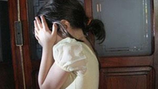 اعتقال أم عذبت طفلة بفاس