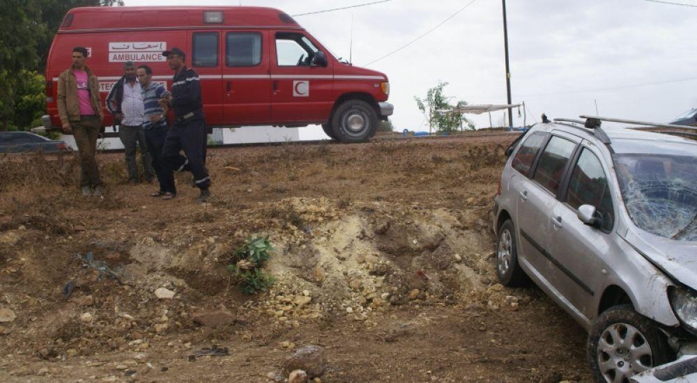 يارب السلامة…مصرع معلمة و إصابة اخرين في حادثة سير مروعة(صور)