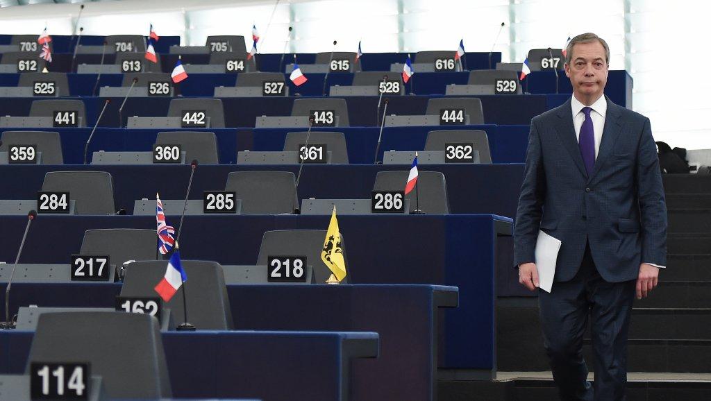 تقدم حزب البريكسيت بفارق شاسع في استطلاعات الرأي للانتخابات الأوروبية