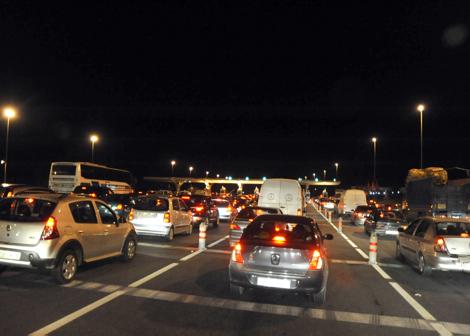 الطريق السيار مراكش كازا.. فوضى ومسافرون عالقون