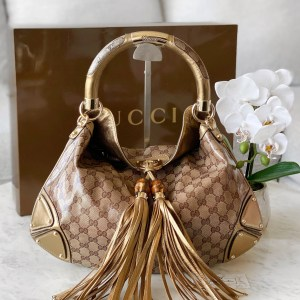 Gucci Coated GG Canvas Medium Indy Hobo