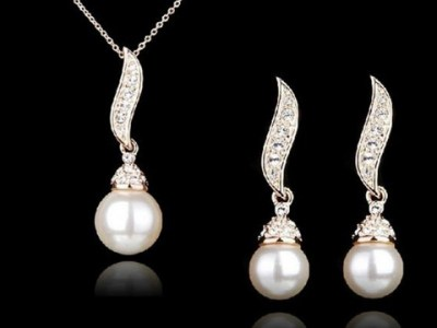 Necklace Treat for You