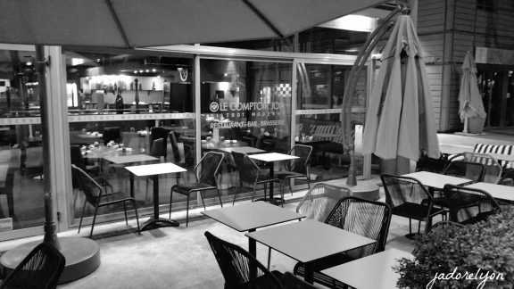 Unusual resto in Lyon Le Comptoir JOA