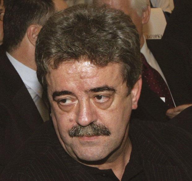 Момир Булатовић