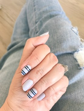 stripes-manimonday-essie-jcrew