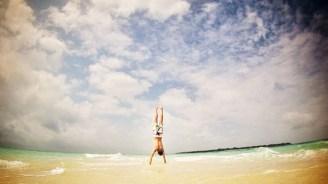 Auf einen Sandbank macht man gerne verrückte Sachen