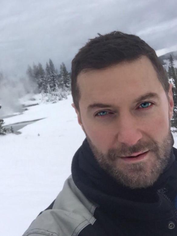 RA skiing