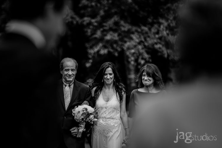 jagstudios-rayna-fraser-winvian-barn-morris-ct-destination-wedding-photography-015