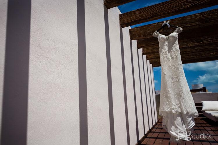 destination-mexico-wedding-jagstudios-photography-excellence-resort-brittany-josh-003