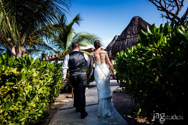 destination-mexico-wedding-jagstudios-photography-excellence-resort-brittany-josh-016