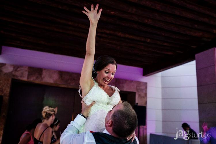 destination-mexico-wedding-jagstudios-photography-excellence-resort-brittany-josh-025