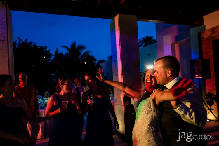 destination-mexico-wedding-jagstudios-photography-excellence-resort-brittany-josh-026