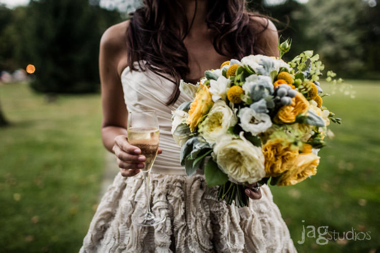 enchanted-luxury-winvian-wedding-fall-barn-jagstudios-johnna-chris-014