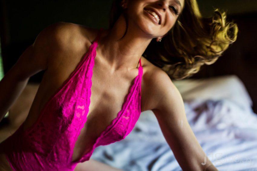 risque boudoir portrait winvian sexy intimate jagstudios photography