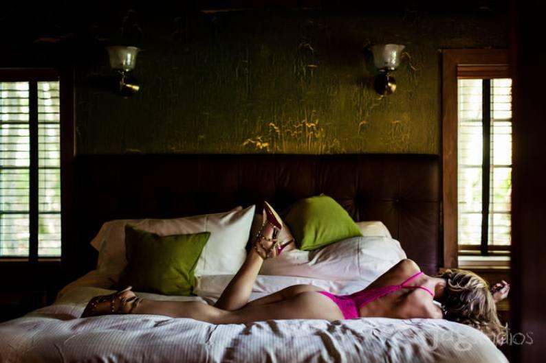 risqué portrait risque-boudior-winvian-sexy-intimate-kristen-jagstudios-photography-005