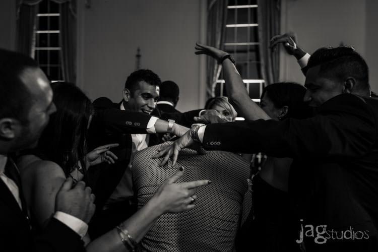 stylish-edgy-lawnclub-wedding-new-haven-jagstudios-photography-044