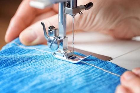 Sewing a prestressed jeans hem