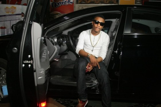 wizkid 3 - Davido vs Wizkid: Who Has More Luxury Cars?