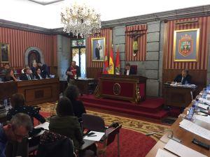 Burgos comprometido con los Sin Tierra de la India
