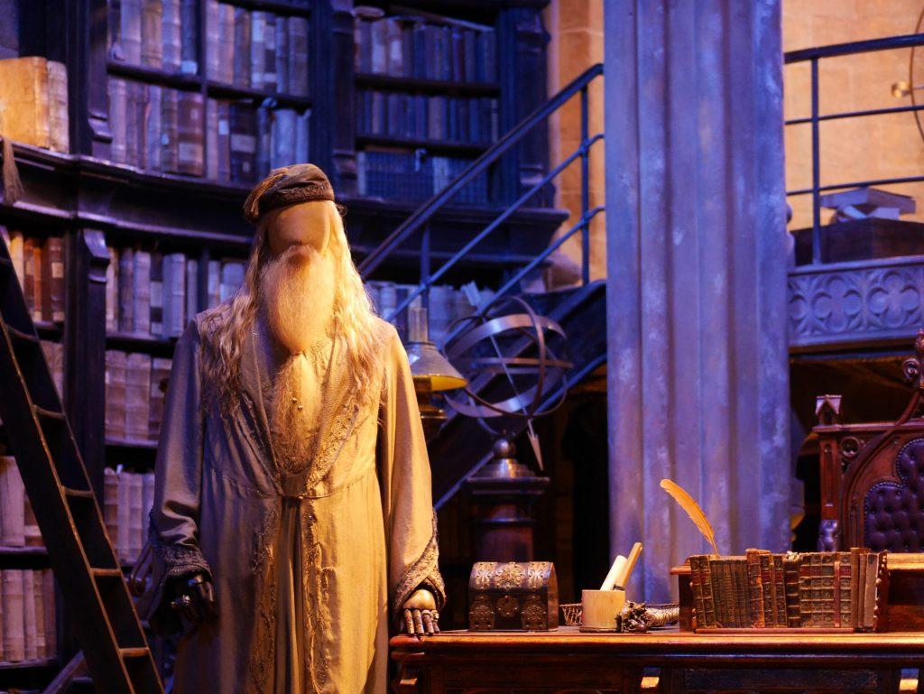 Albus-dumbledore-studios